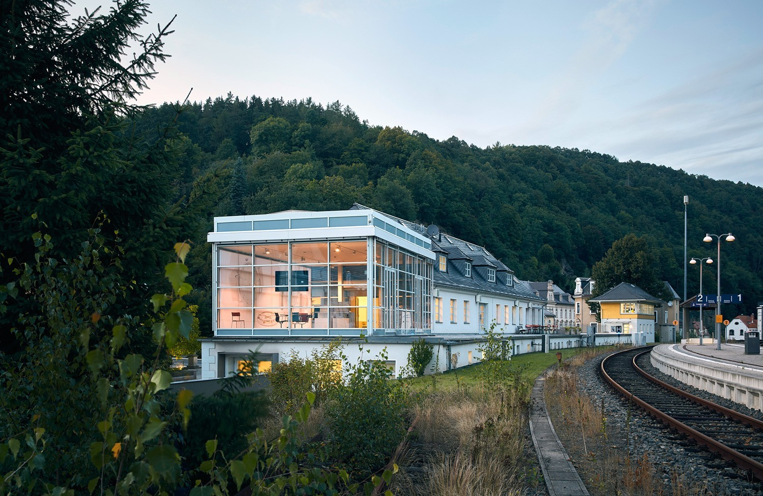 NOMOS Glashütte headquarters in the old railway station. Copyright: NOMOS Glashütte