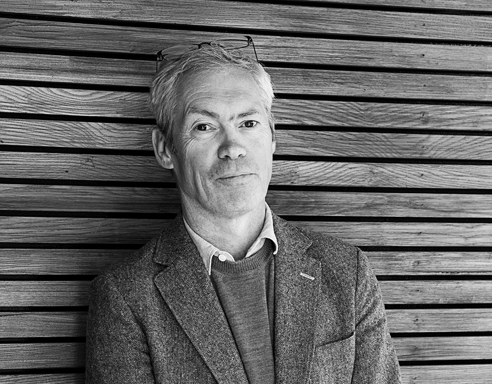 Jasper Morrison Ltd. Portrait of Jasper Morrison 2016. Photo Credit: Elena Mahugo