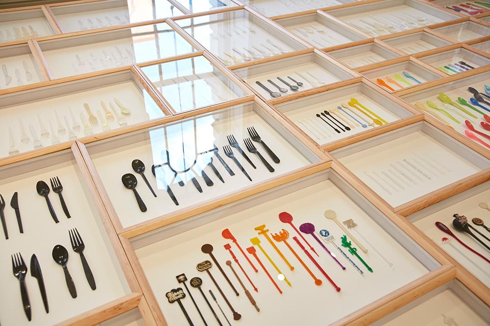 Spoon Archaeology zeigt Plastikbesteck aller Art
