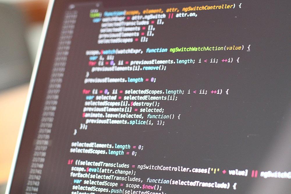 Digital Nudging: Digital Designer und Softwareentwickler/innen ials Entscheidungsarchitekt/innen