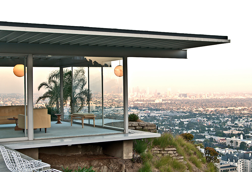 Stahl House − Case Study House 22 — a 1960 Mid-century modern residence