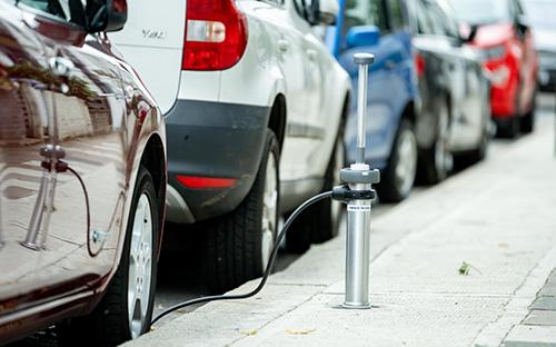 Versenkbare Ladepunkte für Elektroautos