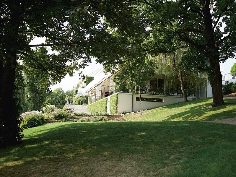 Außenansicht Villa Tugendhat von Mies van der Rohe