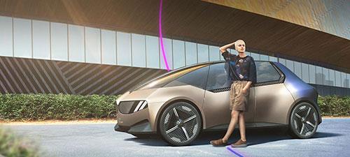 BMW blickt mit dem Concept Car i Vision Circular voraus auf die Kreislaufwirtschaft.