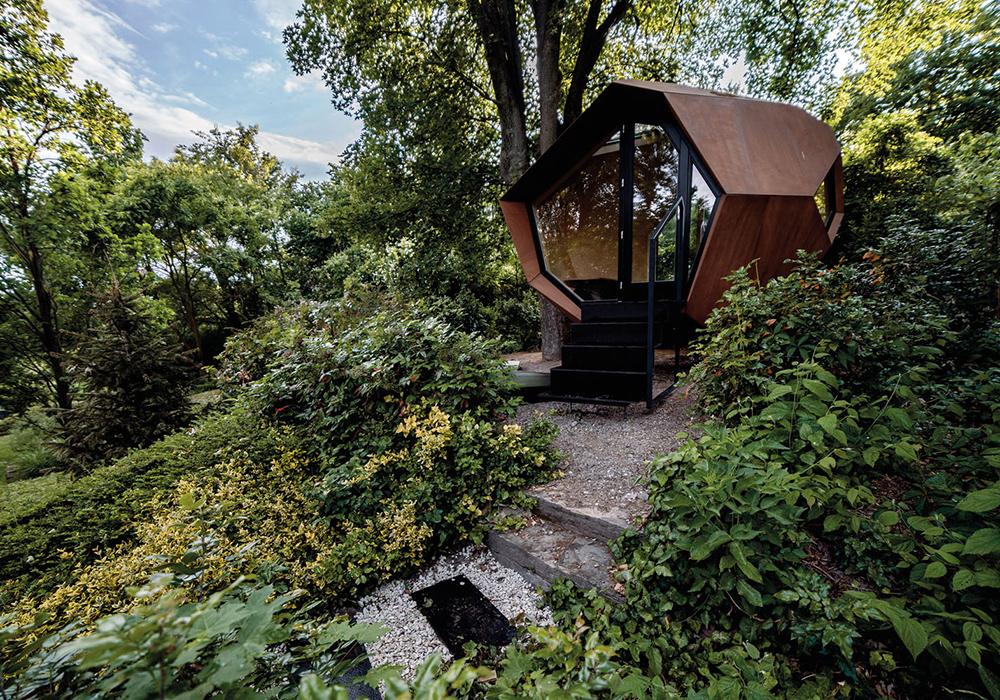 Smark Working mit Holzarchitektur: Workstation von Hello Wood Studios