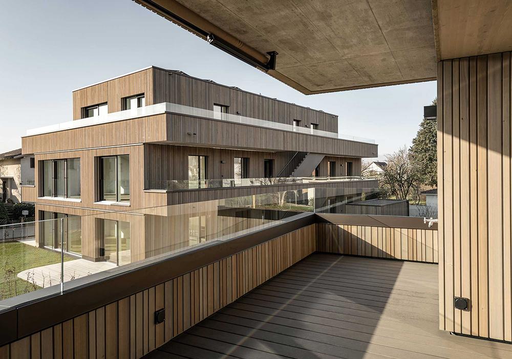 Holzarchitektur: Wohnbau im Schweizer Gümligen